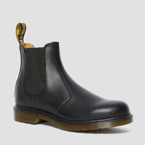 Doc Marten Chelsea Boot-Smooth Black